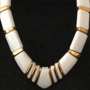 NAPIER WHITE ENAMEL & GOLD TONE BAR NECKLACE